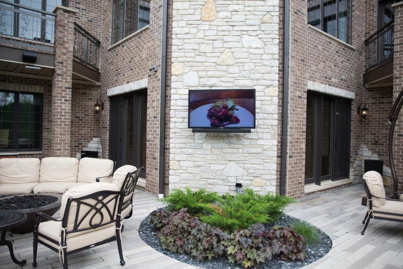 outdoor tv and speaker installation gallery kole digital. Black Bedroom Furniture Sets. Home Design Ideas